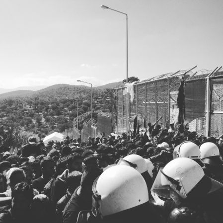 Registration Queue Clash at Moria  Copywright: Ruby Brookman Prins